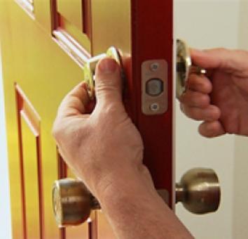 Locksmith in Santa Fe Springs