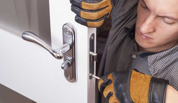 Residential-locksmith-in-Downey